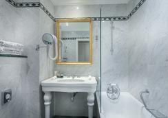 魯尼沃聖日耳曼大酒店 - 巴黎 - 浴室