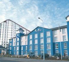 大藍酒店- 黑池遊樂海灘(Blackpool Pleasure Beach)