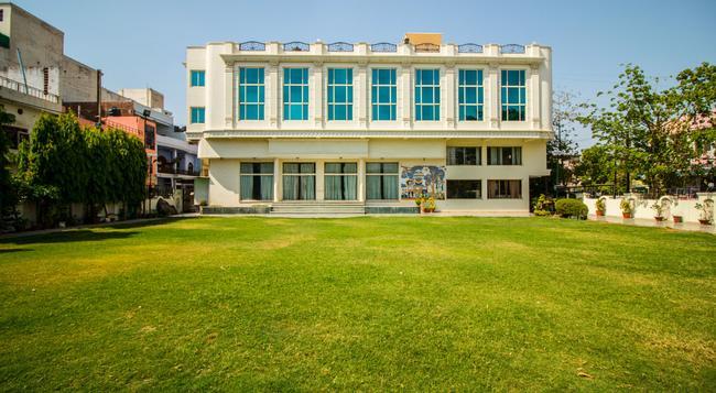 Suruchi Hotel - 瓜廖爾/格瓦利奧爾 - 建築