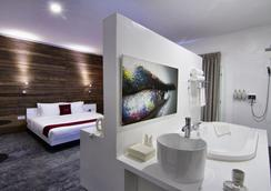 Le Blanc Boutique Hotel - 金邊 - 臥室