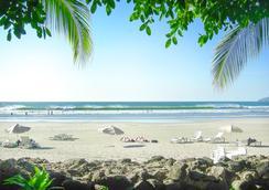 塔瑪琳多迪里亞海灘度假酒店 - Tamarindo - 海灘