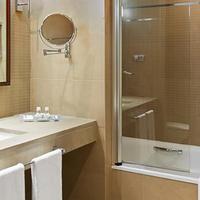 Elba Almería Business & Convention Hotel Bathroom