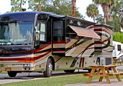 Tropical Palms Resort and Campground - Celebration - 室外景