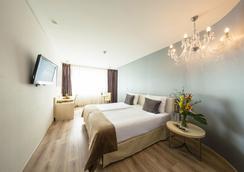 柏靈阿巴巴酒店 - 柏林 - 臥室