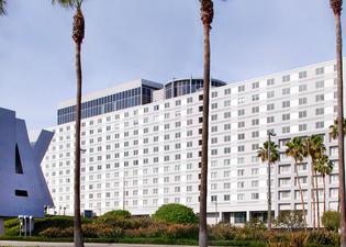 雷迪森洛杉磯機場酒店