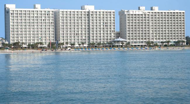 Crown Reef Resort - 默特爾比奇 - 建築