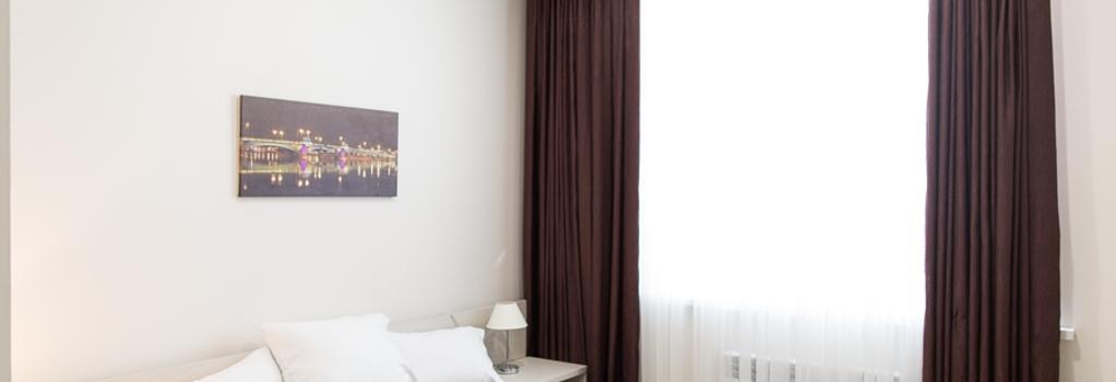 Alkor Hotel - 伏爾加格勒 - 臥室