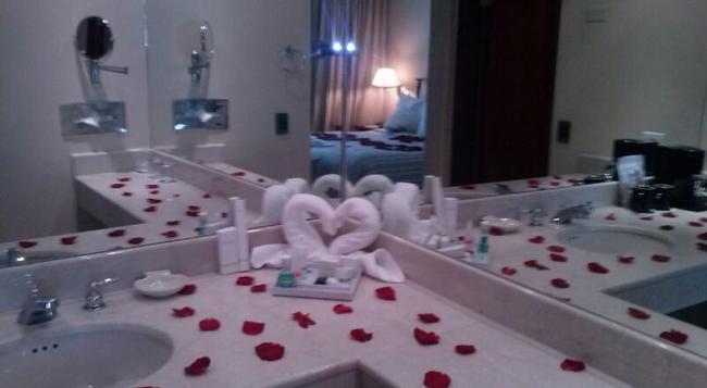Sercotel Panama Princess Hotel - 巴拿馬城 - 臥室
