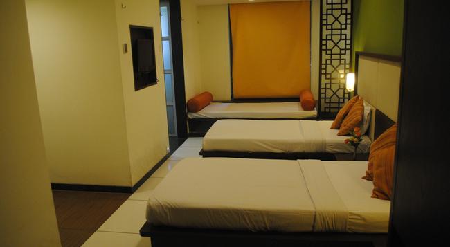 GCC Hotel & Club - 孟買 - 臥室