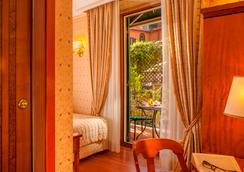 皮拉內西酒店 - 羅馬 - 臥室
