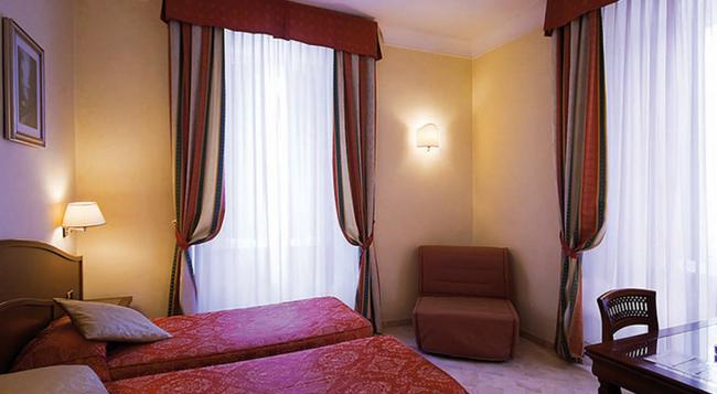 Hotel Dolomiti - 羅馬 - 臥室