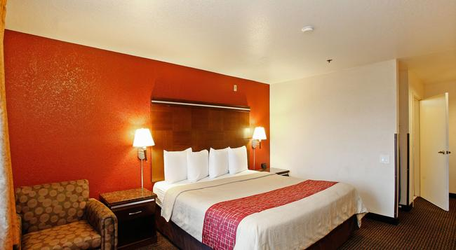Red Roof Inn Ontario Airport - 安大略 - 臥室