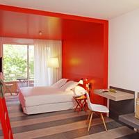 chic&basic Ramblas Guestroom