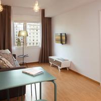 chic&basic Ramblas Apartment