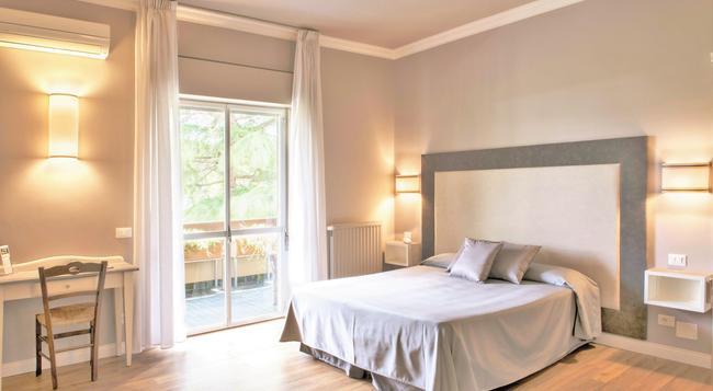 Hotel La Genziana - 羅馬 - 臥室