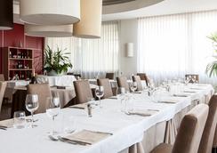 優羅烈斯特酒店 - 科內利亞諾 - 餐廳