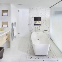 Mandarin Oriental, Paris Deluxe Suite Bathroom