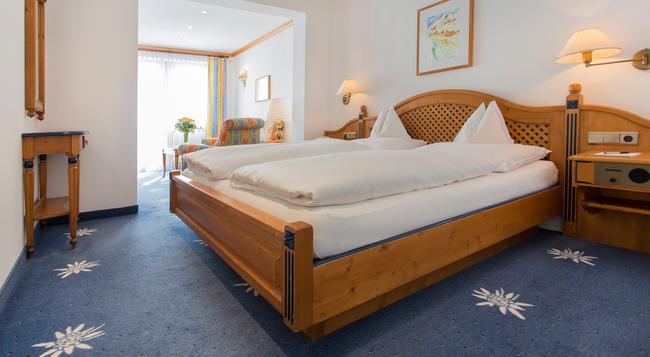 Hotel Edelweiss - 索爾登 - 臥室