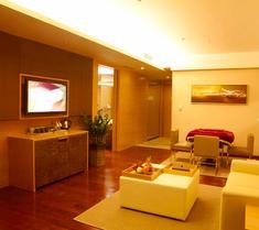 深圳火車北站豪派特華美達廣場酒店