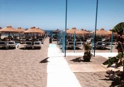 大鵬埃爾品納爾酒店 - Torremolinos - 海灘