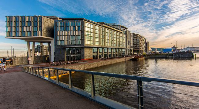 DoubleTree by Hilton Amsterdam Centraal Station - 阿姆斯特丹 - 建築