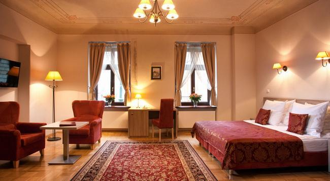 Hotel Santi - Krakow - 臥室