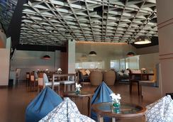 普吉巴東海灘瑞士酒店 - 巴東 - 餐廳