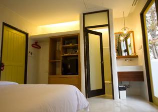 蘇梅島海灘吊床度假酒店