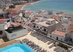 博阿维斯塔酒店 - 仅限成人 - 阿爾布費拉 - 游泳池