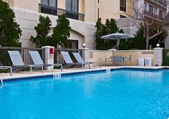 休斯頓霍比機場春季山丘套房酒店 - 休斯頓 - 游泳池