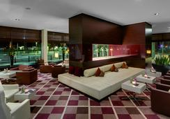 萊比錫雷迪森酒店 - 萊比錫 - 大廳