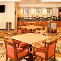 Fairfield Inn and Suites by Marriott San Francisco Airport Millbrae Breakfast Area