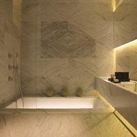 La Suite West-Hyde Park Bathroom