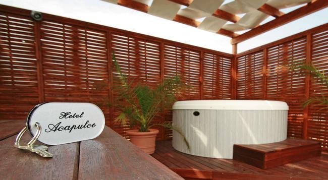 Hotel Acapulco - 里米尼 - 建築