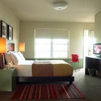 Belmont Hotel Guestroom