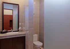 賽倫德拉U號地鐵線Spa酒店 - South Kuta - 浴室