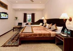 優異酒店 - 阿格拉 - 臥室