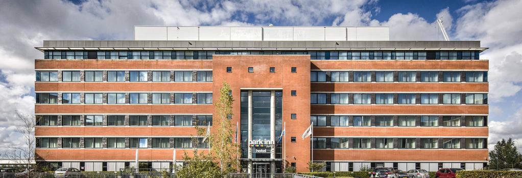 Park Inn by Radisson Amsterdam Schiphol - 史基浦 - 建築