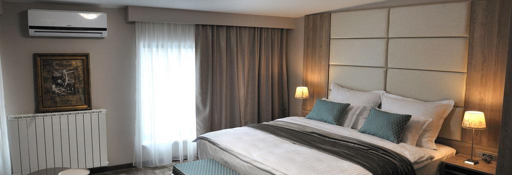 Hotel VIP - 薩拉熱窩 - 臥室