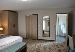 貴賓酒店 - 薩拉熱窩 - 臥室