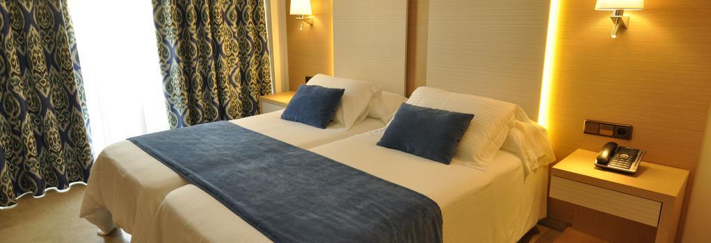Hotel Ipanema Park - 埃爾阿雷納爾 - 臥室