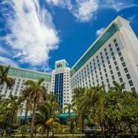 Riu Cancun Hotel Front