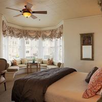 Washington Square Inn Guestroom