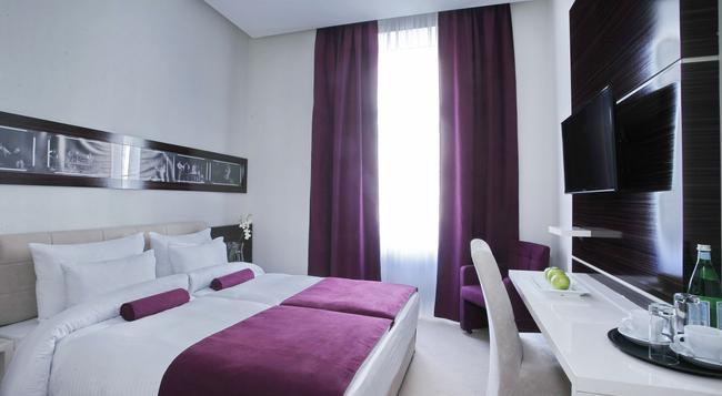 Hotel Theater - 貝爾格萊德 - 臥室