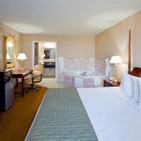 Days Inn & Suites Lancaster King Jacuzzi Room