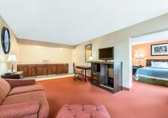 蘭開斯特戴斯套房酒店 - 蘭開斯特 - 臥室