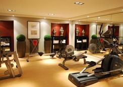 輝盛國際公寓愛丁堡套房酒店 - 愛丁堡 - 健身房