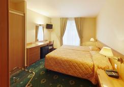 格爾內爾巴黎埃菲爾鐵塔酒店 - 巴黎 - 臥室