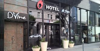 O酒店 - 洛杉磯 - 建築