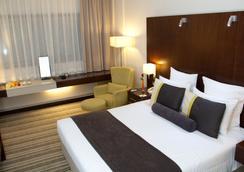迪拜阿瓦瑞酒店 - 杜拜 - 臥室